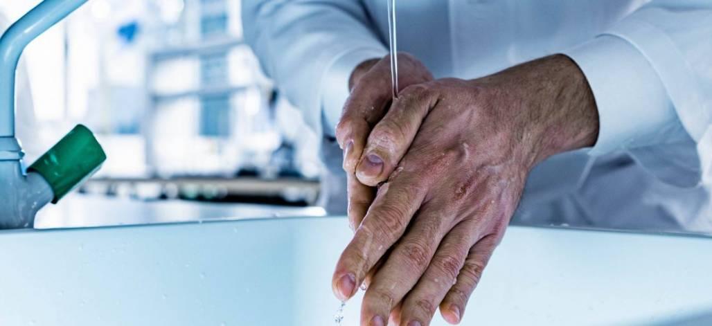 artigo-seguranca-em-laboratorios-quais-sao-os-cuidados-necessarios-em-tempos-de-pandemia-1110x508